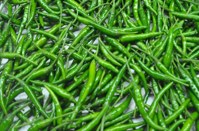 Ajies picantes largos verdes